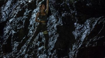 Tomb Raider Clothes Outfits Brands Style And Looks Spotern