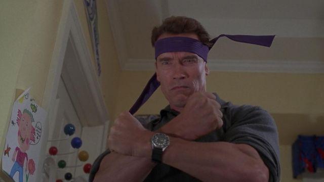 La montre Armitron de Howard Langston (Arnold Schwarzenegger) dans La course au jouet