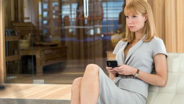 "The watch Cartier ""Tank Louis"" Pepper "" Potts (Gwyneth Paltrow) in Iron Man 2"