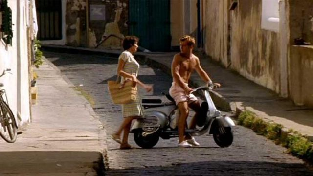 The Vespa VB1T of 1958, of Jude Law in The talented Mr. Ripley