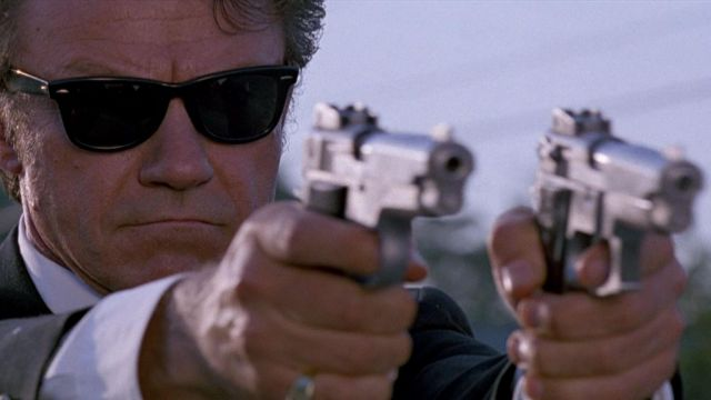 The Ray Ban RB2140 (Bausch & Lomb) Mr White (Harvey Keitel) in Reservoir Dogs