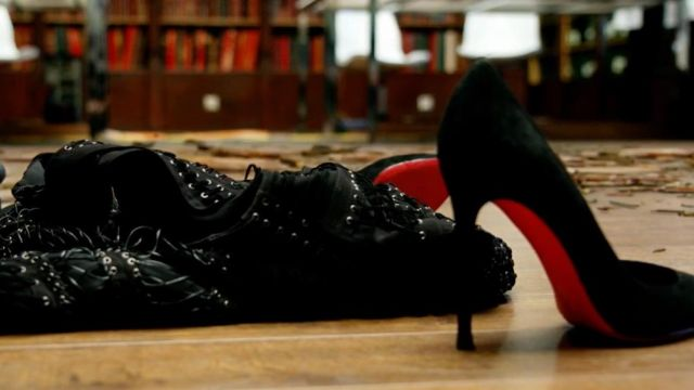 The shoes Louboutin Scarlett Johansson in Lucy
