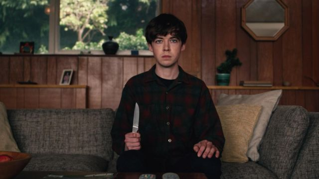 The plaid shirt of James (Alex Lawther) in The end of The fucking world S01E01