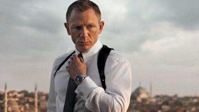 Istanbul Cufflinks worn by James Bond (Daniel Craig) as seen in Skyfall