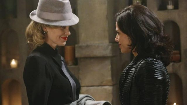Leather Jacket worn by  Evil Queen / Regina Mills (Lana Parrilla) as seen in Once Upon A Time S04E14