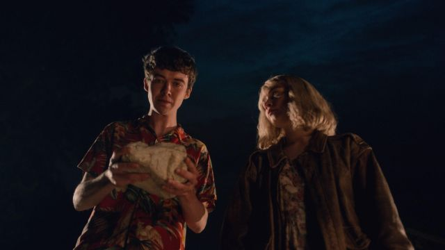The red shirt, hawaiian James (Alex Lawther) in The End of the F***ing World S01E08