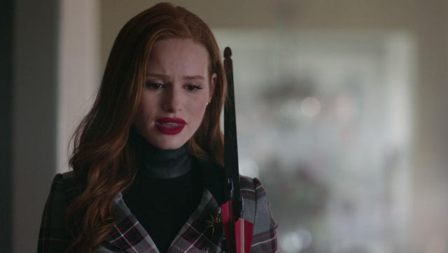 Helmut Lang turtleneck sweat worn by Cheryl Blossom (Madelaine Petsh) in Riverdale S02E13