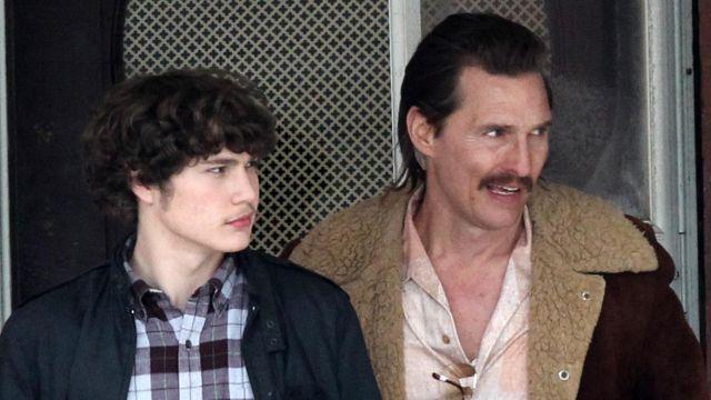 Veste avec Col de Fourrure porté par Richard Wershe Sr (Matthew McConaughey) comme on le voit dans le jeu de Garçon Blanc Rick