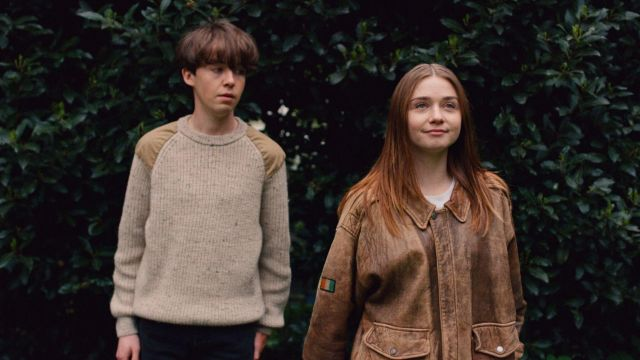 Knitted brown sweater worn by James (Alex Lawther) as seen in The End Of The Fu***ing World S01E03