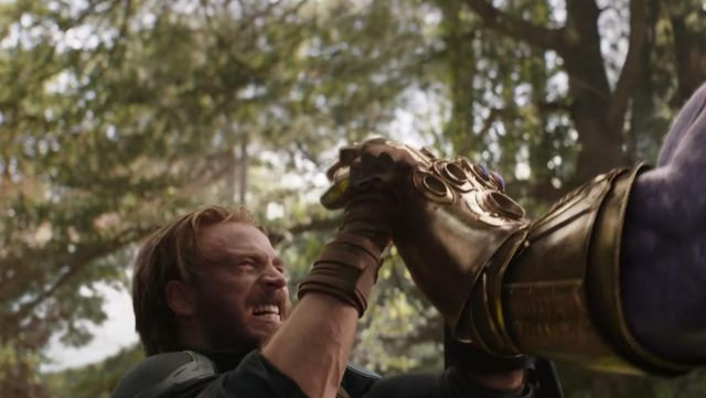 The replica of the glove of the infinite Thanos (Josh Brolin) in Avengers : Infinity War