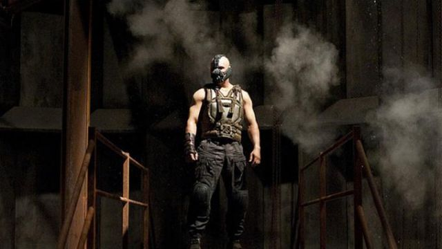 Military Vest Worn By Bane Tom Hardy As Seen In The Dark Knight Rises Spotern