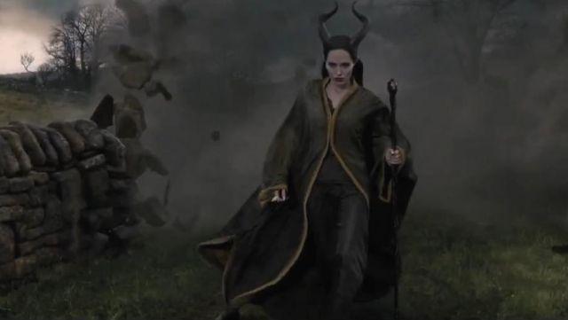 The Scepter Of Evil Angelina Jolie In Evil Spotern