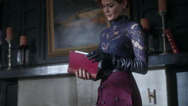 Skirt high waist burgundy Penelope Blossom (Nathalie Boltt) in Riverdale S02E17