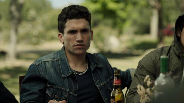 La veste en jean Levi's de Denver (Jaime Lorente) dans La Casa de Papel S01E08