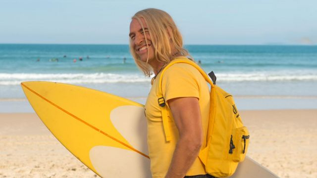 La planche de surf de Brice de Nice (Jean Dujardin) dans Brice 3