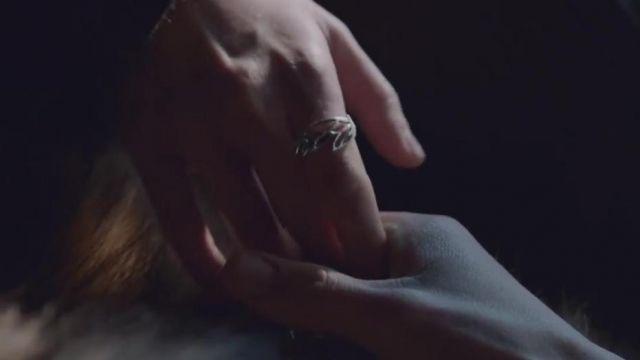 The ring of Daenerys Targaryen (Emilia Clarke) in Game of Thrones S07E06