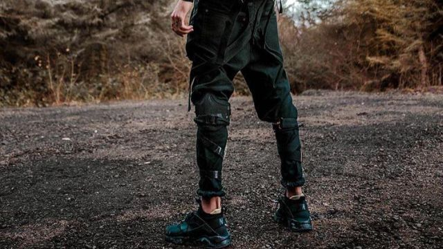 The trousers / dungarees of Scarlxrd in his clip Bands | Spotern