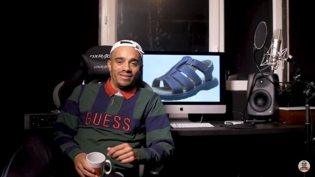 Le polo Guess de Mister V dans la video Faire un album la suite