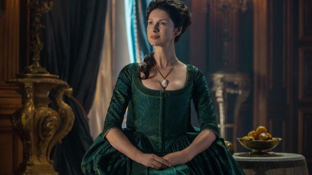 La robe verte de Claire Fraser (Caitriona Balfe) dans Outlander S02E07
