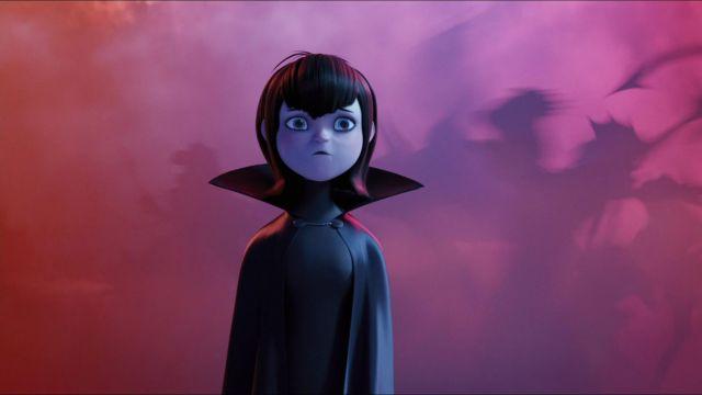 La cape et le t-shirt de Mavis dans le film d'animation Hotel Transylvanie