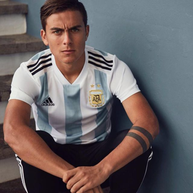 more photos 0e58e 79b88 The jersey Adidas official Team Argentina for the World Cup ...