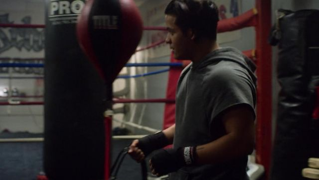 Hooded Tanktop in Grey worn by Tony Padilla (Christian Navarro) as seen in 13 Reasons Why S02E03