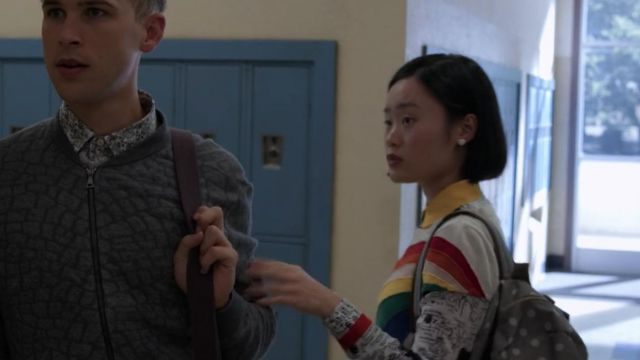 The shirt printed Alice + Olivia Courtney Crimson (Michele Selene Ang) in 13 Reasons Why S02E11