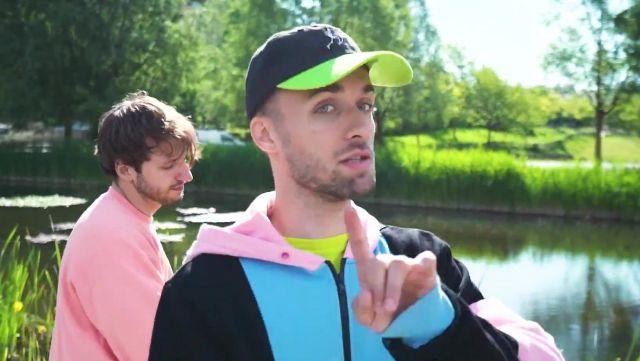 La casquette Lazy Oaf On The Run de Squeezie sur sa vidéo Youtube Freestyle de potes