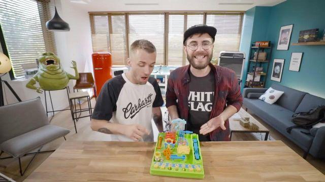Le jeu Tricky Bille dans la vidéo commune de Squeezie et Cyprien (Bigorneaux & Coquillages)