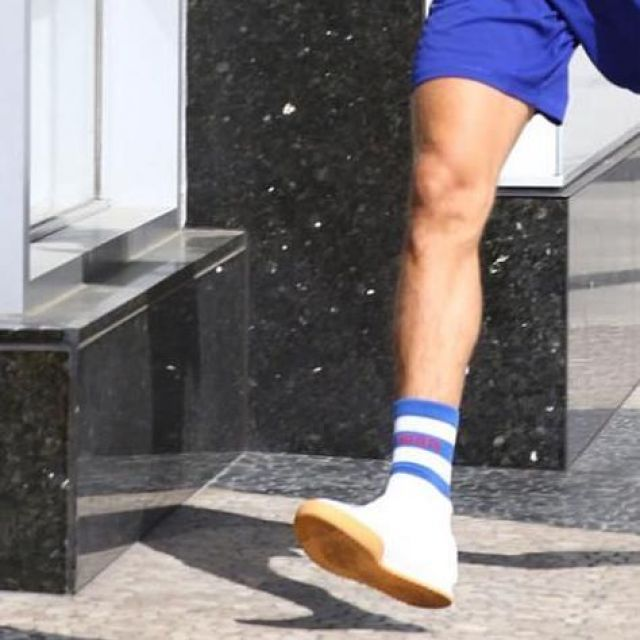 La paire de chaussettes Tommy Hilfiger que porte Justin Bieber sur son compte Instagram
