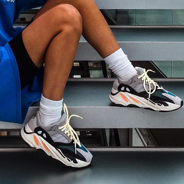 finest selection 706e9 410eb Sneakers Yeezy Boost 700