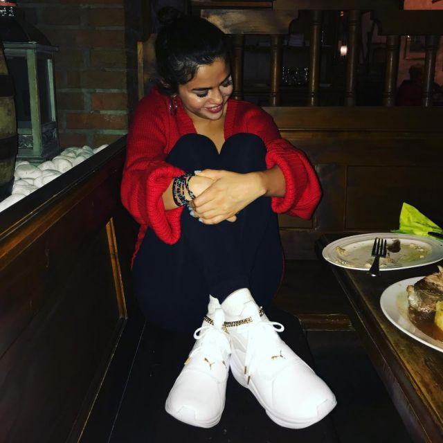 La paire de Puma Phenom Lux que porte Selena Gomez sur son compte Instagram