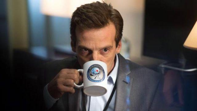 Le mug de Guillaume Debailly (Mathieu Kassovitz) dans Le Bureau des Légendes