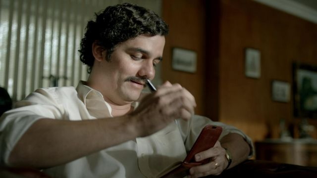 The real address book of Pablo Escobar (Wagner Moura) in