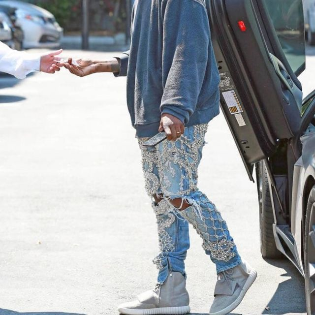 newest bd5e5 ed4a6 The adidas Yeezy Boost 750 OG grey Kanye West on his account ...