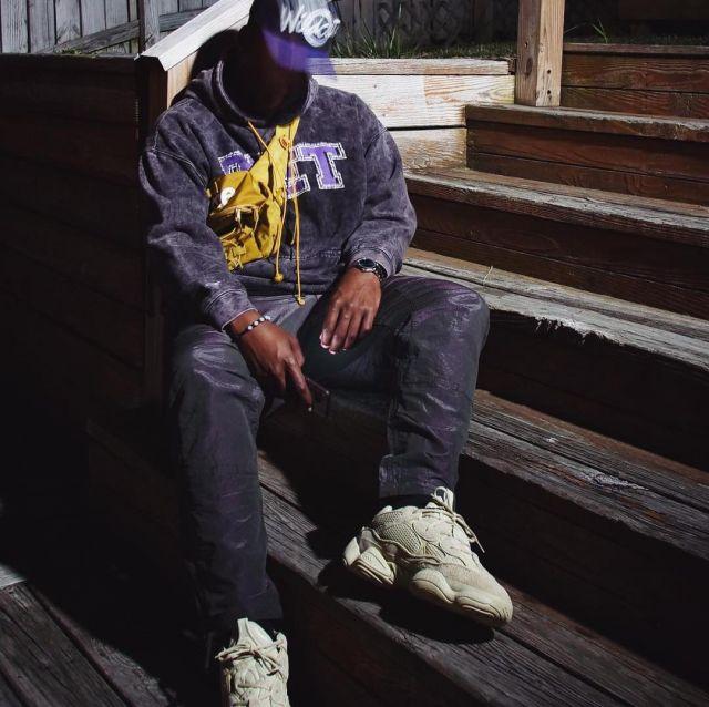 online retailer d189d b0d99 The Yeezy 500 worn by bull1trc on his instagram | Spotern