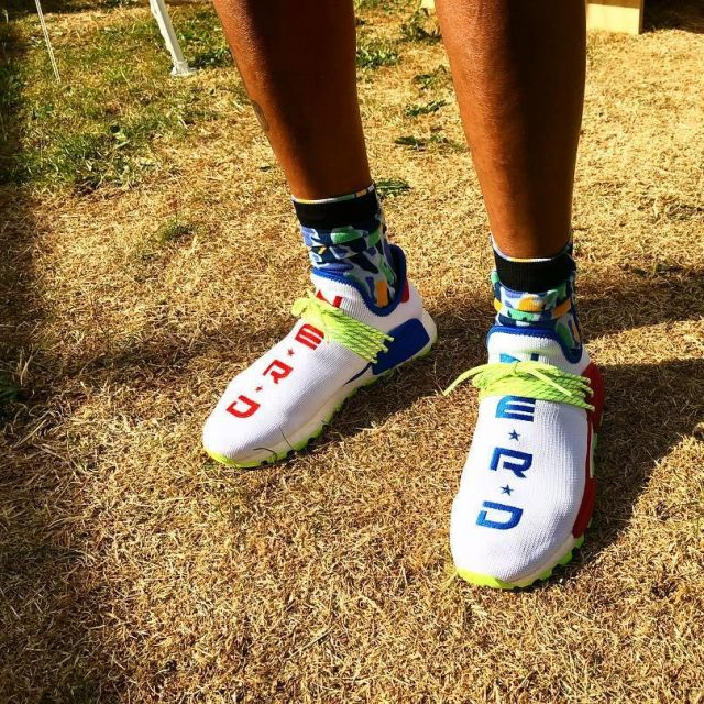 size 40 6582a 25846 The pair of NERD x Creme x Adidas NMD Hu Pharrell's ...