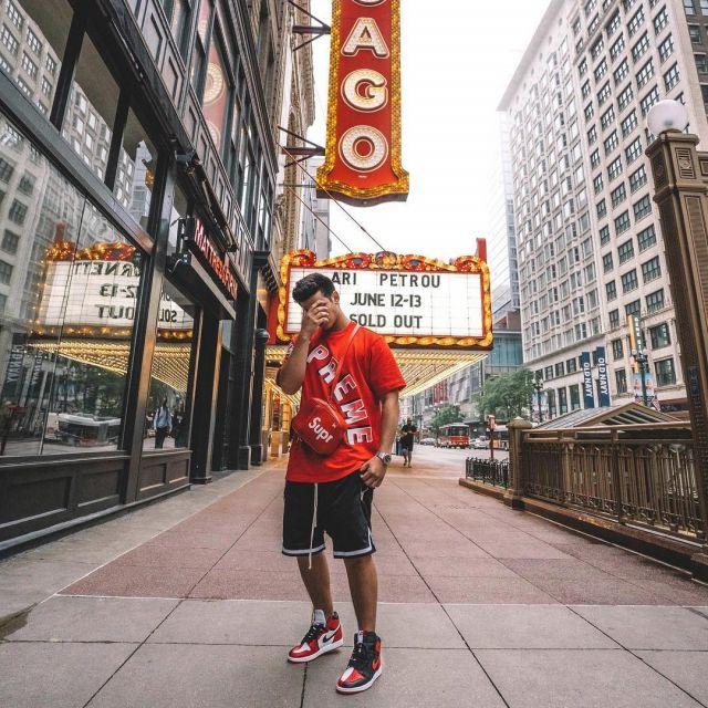 Les sneakers Jordan 1 Hommage vues sur le compte de Ari Petrou