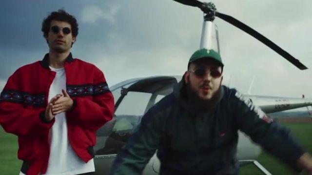 La casquette Ralph Lauren verte portée par Caballero dans le clip Sur Mon Nom de Caballero et JeanJass