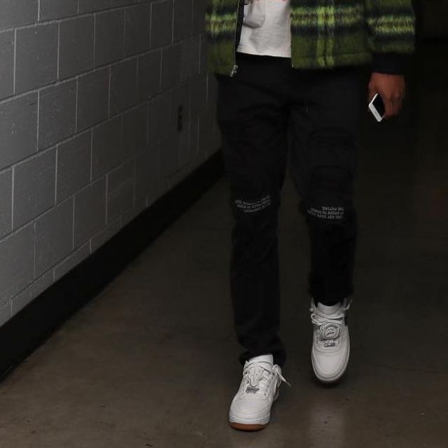 Here's How Instagram Is Wearing the Travis Scott Nike Air