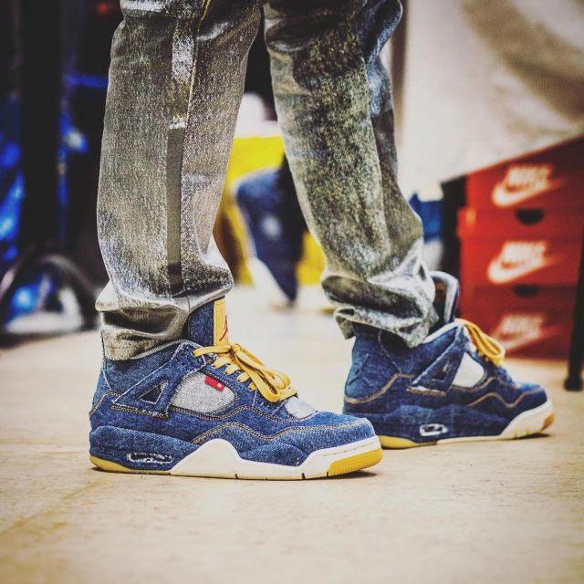 new product db0b4 6a716 sneakers Air Jordan x Levi's Nike AJ IV 4 Denim Levis views ...