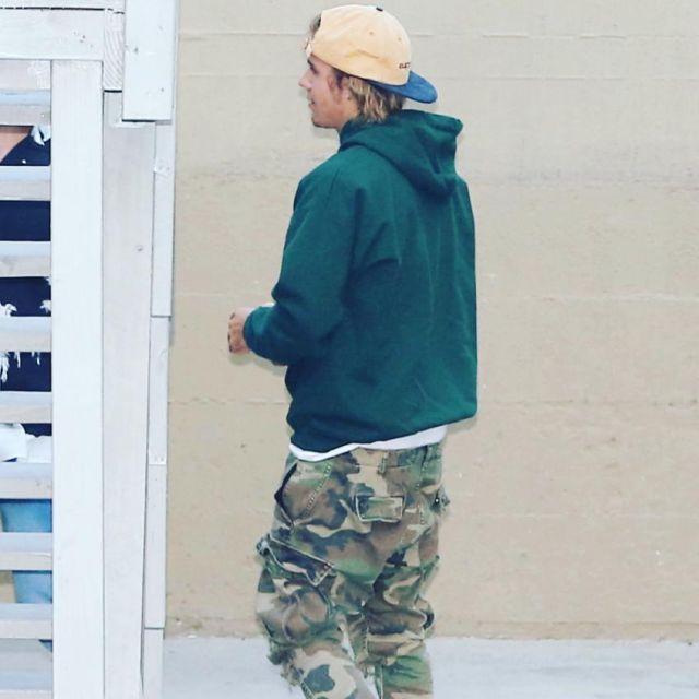 Le sweatshirt à capuche vert Thrasher Magazine que porte Justin Bieber sur son compte Instagram