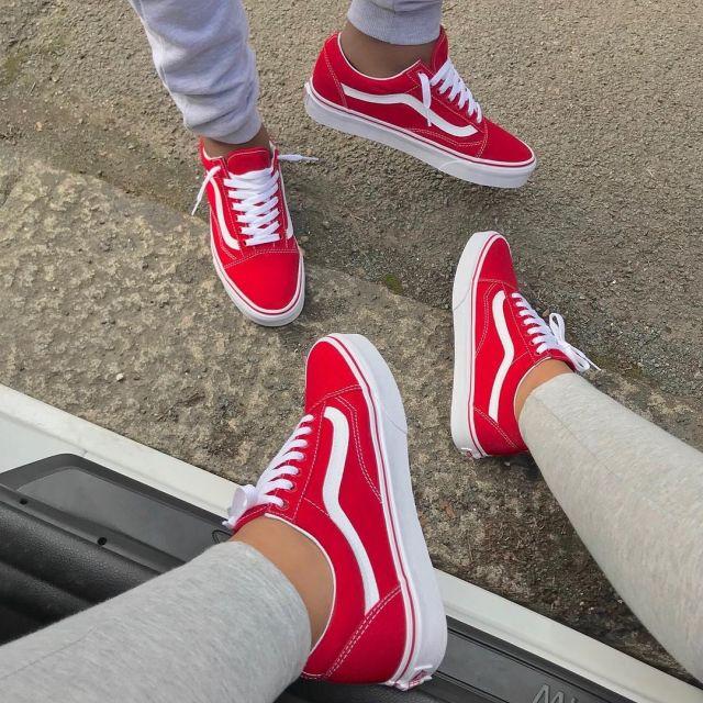 vans rouge porté