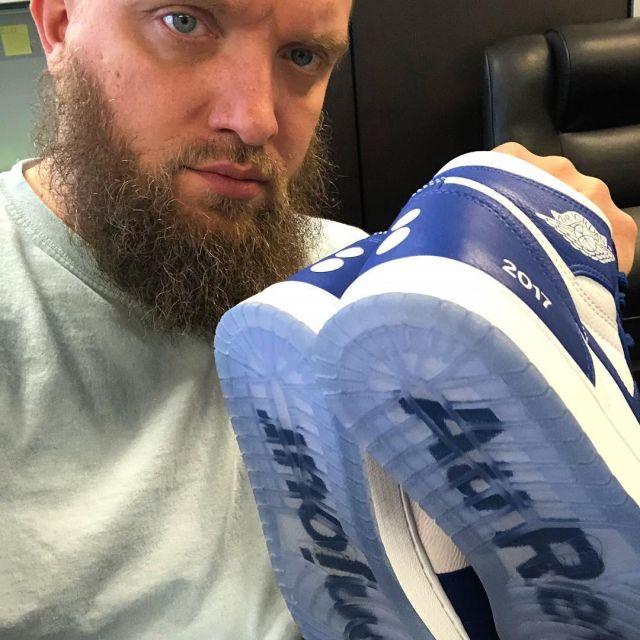 Son Bleu Delarrydeadstock Les Nike Sur Jordan Blanc Et Air 1 Retro lJTFc3K1