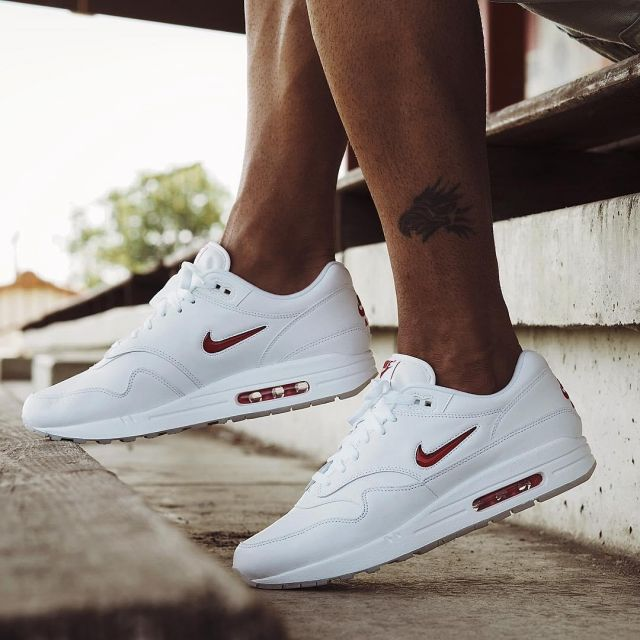The nike air max 1 white Bisso97120 on his account Instagram