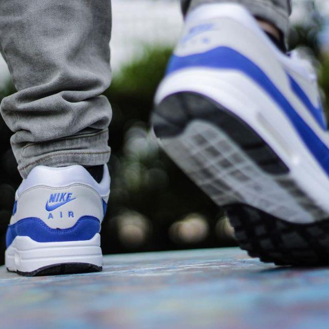 air max 1 bleu gris
