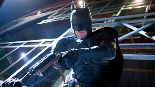 The replica of the gun grab of Batman / Bruce Wayne (Christian Bale) in The Dark Knight : The black knight