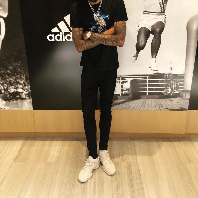 sneakers adidas Yeezy 500 blush views