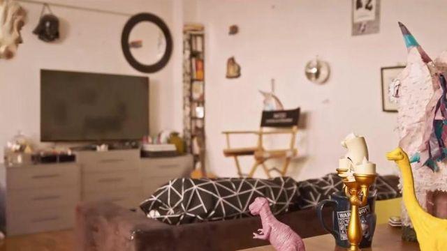 Le figurine Lumière de La Belle et La Bête dans la vidéo YouTube Je sais pas danser de Natoo