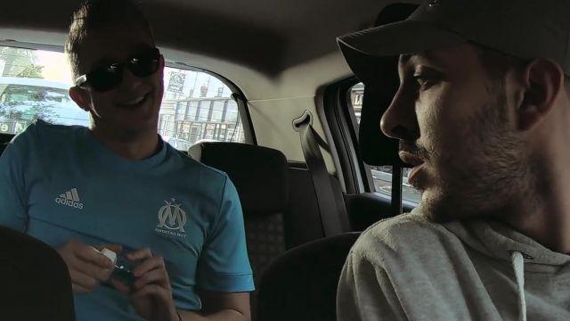 Le t-shirt Adidas de L'Olympique de Marseille porté par Vald dans son clip L.D.S